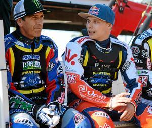 Emil Sayfutdinov (till höger)