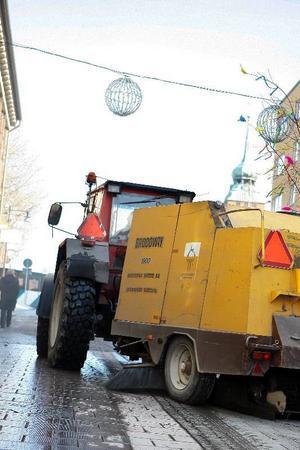 När det gäller sandupptagning så finns det strikta regler att följa. Nu ska  Arbetsmiljöverket studera på om kommunerna i Jämtland följer reglerna.