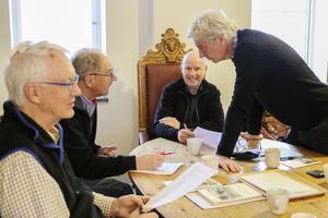 Tage Levin, LO Rindberg, Agne Svärd och Peter Berg arbetar för full med nästa års utgåva av årsskriften Gamla Östersund.