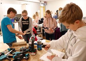 Teknikkul med Komtek är en av de aktiviteter som arrangeras för påsklovslediga Noraelever under veckan efter påsk.