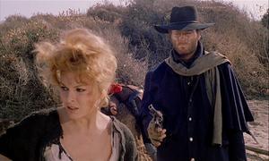 Loredana Nusciak spelar Maria och Franco Nero Django i Sergio Corbucci's västern