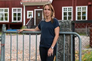 Lina Swan har själv två barn på förskolan som nu troligtvis kommer behöva lämnas i Norberg istället.