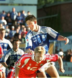 Pelle Nilsson i en av sina första matcher i GIF-tröjan. Foto: Michael Berggren.