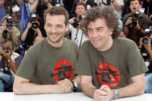 erik.helmerson@ttspektra.seJean-Stephane Sauvaire (höger) tillsammans med producenten Matthieu Kassovitz när