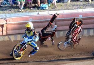 John Lindman, Masarna speedway, Magnus Karlsson, Västervik (gul)