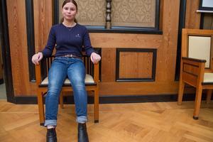 Emilia Heidenberg kollade in maktens boning, Rådhuset, på tisdagen.