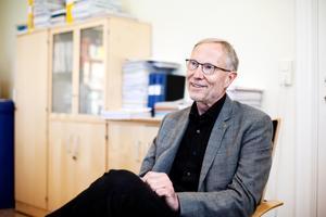Förre länsrådet Sten-Olof Altin försvarar beslutet att yttra sig positivt över detaljplanen för Kanaludden. Foto: Jennie Johansson
