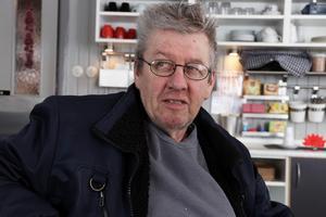 Det blir 7-4 till Edsbyn, säger Ronald Johansson som alltså tror på målkalas på lördag.