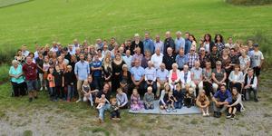 Svenskas-släkten i Vallsta samlades under en stor släktträff med över hundra personer. Bild: Catharina Ingvarsson
