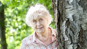 Foto: Bodil Bergqvist Kerstin Ekman bor sedan snart 20 år tillbaka i Häverö, vid Gubbas hage.