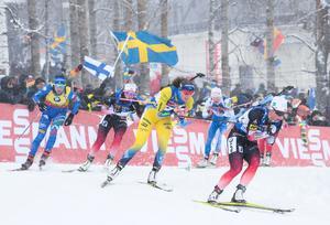 Foto: Lise Åserud/TT. Kan Sverige ta sin första medalj i mixedstafett sedan 2010?