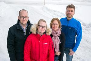 Som en blixt från klar himmel. Föräldrarna Patrik Bortas, Anna Åman, Anette Nygren och Magnus Knuts förstår inte varför förslaget inte är att utveckla Gärde skola med tanke på hur stort elevunderlag som finns i närområdet.