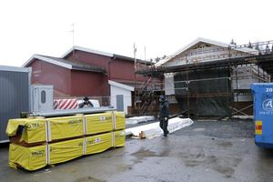 Undrar du vad som händer vid Järnboås skola? Jo där byggs en ny brandstation som kommer att stå klar i slutet av februari-