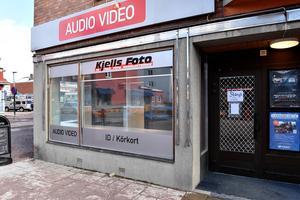 Kjells  foto i Mora har nu tvingats stänga.