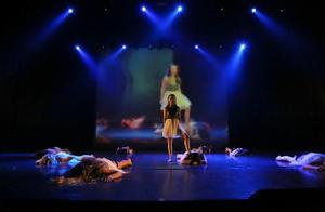 Kristine Westman Elorza kombinerar  jazz, modern dans och lyrisk dans i sin koreografi. Foto: Robie Törnell