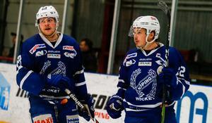 Anton Svensson i Köpingströjan (t.h)
