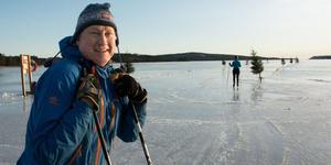 Mikael Lundberg, Skellefteå, provade Bäckfjärdens isbana på fredagen.
