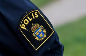 Man misstänkt ha angripit poliser på polisstationen i Mora. Foto: Johan Nilsson / TT