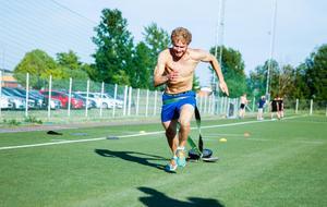 Anton Karlsson längtar efter att kliva på is igen, men har inga större problem med att hitta motivationen för sommarträningen.