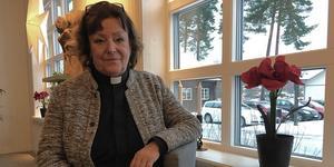 Kyrkoherde Monica Jones och samtliga kollegor ska tömma lokalerna efter den 9 januari då den gamla delen stängs för besökare.