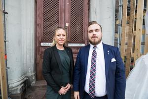Sverigedemokraterna Wanja Delén och Mattias Eriksson Falk vill skära ner på kommunens kulturbudget.