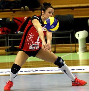 Caisa Johanssons syster Lillemor Ingebrand är libero i Degerfors. 2007 spelade båda, och tredje systern Annika, allihop i Lindesberg Volley. Då hette de Arvidsson i efternamn.
