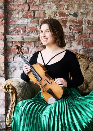 Chloë Hanslip är en av solisterna under hösten i Konserthuset. Bild: Kauppo Kikkas