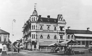 Grand Hotell i all sin storslagenhet i seklets början.