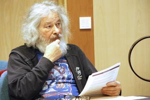 Laszlo Gönczi, (MP), ville inte lägga ner Gullvivan – och reserverade sig även mot besparingsbeslutet.