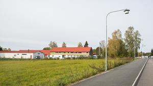 Hos Nykvarns kommun finns en ansökan om att bygga radhus och flerbostadshus på tomterna där ett antal företag huserar i dag.