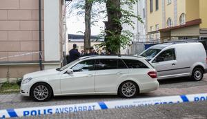 Polisen genomförde en rekonstruktion på brottsplatsen med den häktade mannen.