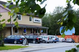 För exakt 40 år sedan tog Hörnells över lokalen i Överhörnäs. På torsdag stänger butiken för gott.