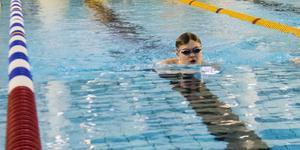 Mattis Renlund i Solens IF simmade hem flera medaljer i helgen.