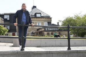 Utmärkelsen Årets stadskärna har föreningen Svenska stadskärnor delat ut under 25 år. Tanken är att den ska inspirera städer till att arbeta med sina stadskärnor. Årets pris gick till Östersund och målet är att Norrtälje kammar hem priset 2022.