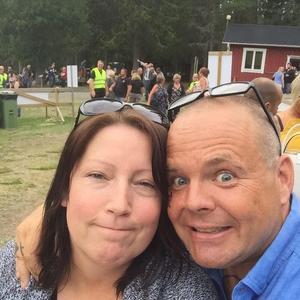 Morgan och Ingela Sällström selfie i Örnsköldsvik.