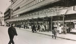 Apoteket Hjorten på Stora gatan 1990.