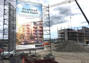 Sedan i oktober 2016 har Lillskär försökt sälja ut  lägenheter i kvarteret Pärlan, men inte nått rätt nivå. Nu ändrar bolaget förutsättningarna och hoppas starta bygget i höst.