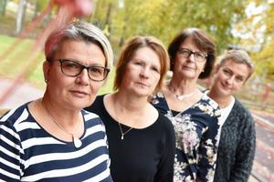 Maria Beus, Carina Aspblom, Stina Dahlfors Wallner och Karin Nordkvist utanför förskolan.