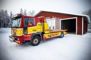 Att ratta en lastbil tillhör vardagen för Eva Blomqvist.