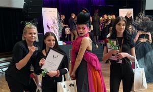 Hela laget från Drottning Blankas gymnasieskola i Gävle. Bild: Therese Wesslén