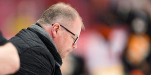 Kent Norberg, sportchef i Timrå IK, var besviken efter storförlusten. Bild: Pär Olert/Bildbyrån