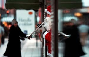 Insändarskribenten vill höra gamla fina julmelodierna. Foto: Dan Hansson/TT
