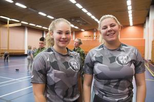 Ida Danielsson från Falun och Tuva-Lisa Höglund från Bollnäs är båda intresserade av att söka sig till grundutbildningen.