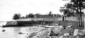 Den lilla fästningen Fredriksskans försvann när hamnen byggdes ut i början av 1900-talet.