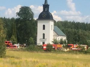 Västervåla kyrka vid 13:30-tiden på lördagen.