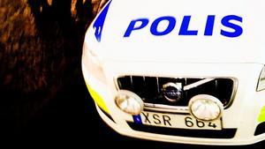 En polispatrull skickades till Rörgatan i Sundsvall efter att en kvinna anmält att hon blivit utsatt för ett sexuellt ofredande