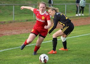 Tilde Ingvarsson och hennes lagkamrater i Sveg hade ett klart grepp om Häggenås, särskilt i andra halvlek då de gång på gång sprintade ifrån gästerna.