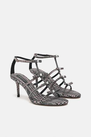 9. Sandaler, 499 kronor på Zara.