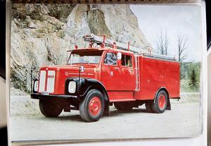 Så här såg brandbilen ut när den var ny. Bild från produktkatalogen.