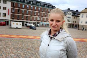Evelina Jespersen handlar nästan enbart på internet.
